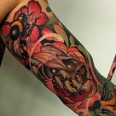Neo Tattoo, Tattoo Drawings, Traditional Tattoo Uk, Tatuaje Cover Up, Tattoo Magazine, Fire Tattoo, Cool Tattoos, Random Tattoos, Skin Art