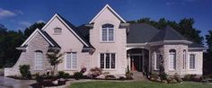 French Country House Plan with 2403 Square Feet and 4 Bedrooms(s) from Dream Home Source | House Plan Code DHSW02916