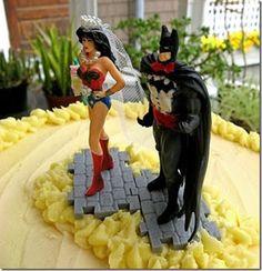 Batman and Wonder Woman wedding cake