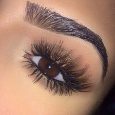 Pinterest: /MurderBeeWrote/; wish I could get lashes like this w/o extensions or faux