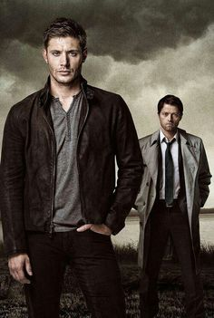 Supernatural - Season 9 Poster of Dean Winchester & Castiel. Movies And Series, Cw Series, Movies And Tv Shows, Destiel, Dean Winchester, Winchester Brothers, Jensen Ackles, Supernatural Season 9, Supernatural Dean