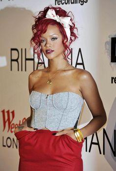 Rihanna hair style. Loving the bow!