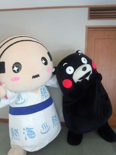 世界の『くまモン』とお友達になったあつ!! pic.twitter.com/T9Z8dho9E2