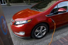 2011 Chevrolet Volt Plug-In Hybrid Hatchback: Quick Drive