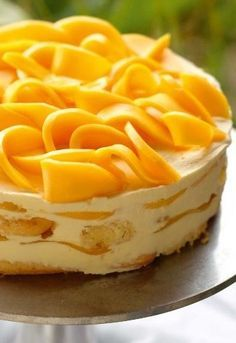 The mangomisu is one of delicious. magazine's most popular recipes ever. Light, fresh and full of juicy mango, it's the tropical rendition of classic tiramisu and the perfect entertaining dessert. Mango Dessert Recipes, Mango Recipes, Asian Desserts, Easy Desserts, Delicious Desserts, Mango Mousse Cake, Mango Cheesecake, Mango Cake, Baking Recipes