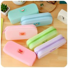 Cute Various Fruits Jelly Pencil Case Silicone Large Capacity Pen Bag Kawaii Stationery School Supplies Escolar Papelaria Girls(China (Mainland)) Stationary School, Cute Stationary, School Stationery, Kawaii Stationery, Cool Pencil Cases, Large Pencil Case, Cool School Supplies, School Suplies, School Accessories