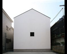 OUCHI-05, white minimal house design | Architecture. Architektur | Architect: Jun Ishikawa |