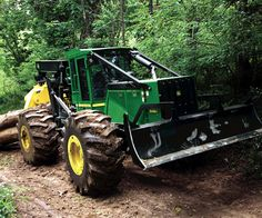 had to pin this one for my husband. Looks like a John Deer Skidder! Woods Equipment, John Deere Equipment, Logging Equipment, Heavy Equipment, Jd Tractors, John Deere Tractors, Cl Shoes, Shocking Facts, Engin