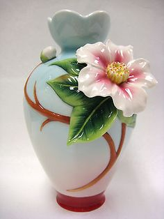 FRANZ PORCELAIN EVERLASTING LOVE CAMELLIA FLOWER SMALL VASE  #2897