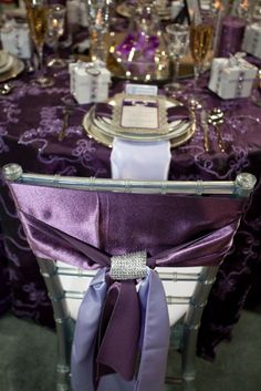 Where To Buy Chair Sashes Heavy Duty Electric Lift 59 Best How Ties A Sash Images Wedding Metallic Ice Chiavari With In Amethyst And Lavender