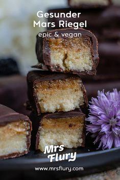 Gesunde Mars Riegel selber machen - vegan, zuckerfrei - Mrs Flury Healthy Sweets, Healthy Baking, Vegan Treats, Easy Snacks, Clean Recipes, Going Vegan, Food Inspiration, Food To Make, Sweet Tooth