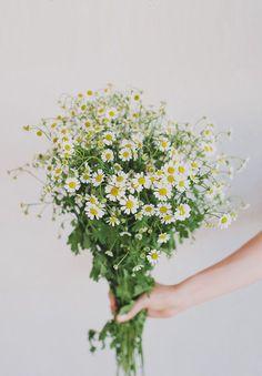 cool-beautiful-wild-flowers-bridal-bouquet-inspiration-wedding-florals13