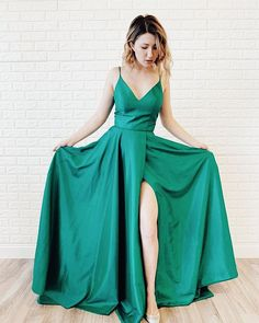 """ac8d9bbc86e All the Rage Stores on Instagram  """"EMERALD or BUST 💚🗡 We love this new   sherrihill arrivals and think you will too!!!! 🤩 ."""