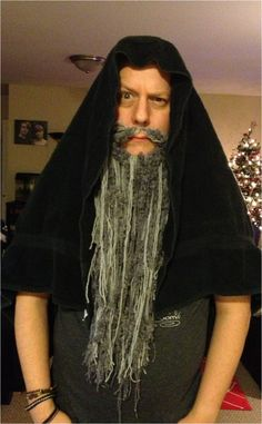 I made a yarn beard!  I'm either going to the movie as a dwarf or Gandalf!