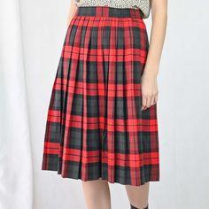 VIN-SKI- 04917 Vintage πλισέ φούστα S-Μ Vintage Skirt, Skirts, Fashion, Moda, Fashion Styles, Skirt, Fashion Illustrations, Gowns