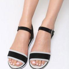 53853d0e3b2c Archívy Dámske sandále - Stránka 2 z 22 - WoMan.sk. Mary JanesSandále. Letné  sandále na opätku čiernej farby ...
