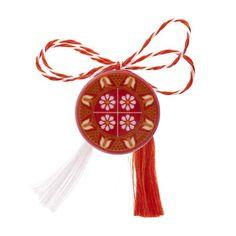 Broșă mărțișor tip pin roșie cu motive galbene Dream Catcher, Christmas Ornaments, Holiday Decor, Home Decor, Dreamcatchers, Decoration Home, Room Decor, Christmas Jewelry, Christmas Decorations