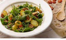 Yotam Ottolenghi's warm potato salad with sorrel and samphire recipe A salty, seasonal lip-smackingly sensational salad Lettuce Recipes, Veggie Recipes, Vegetarian Recipes, Cooking Recipes, Vegan Meals, Chickpea Salad Recipes, Avocado Salad Recipes, Sorrel Recipe, Delicious Vegan Recipes