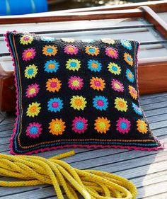 Free Pattern: Black Granny Square Pillow