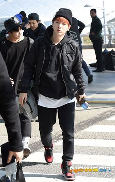 [Airport FashionPhoto] BTS Takes Off for Mexico