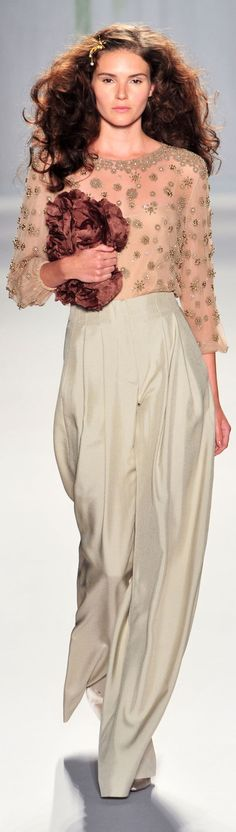 (Jenny Packham at NYFW Spring 2014) I love the combination of colours. These pants are everything.