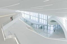 Futuristic Architecture, Heydar Aliyev Cultural Center by Zaha Hadid Architects, Baku, Azerbaijan Zaha Hadid Architecture, Futuristic Architecture, Architecture Design, Building Painting, Building Art, Space Frame, Curve Design, Baku Azerbaijan, Minimalism