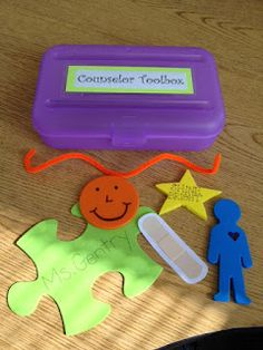 Explaining a counselor's role to students