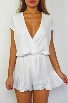 White Broken Hearts Playsuit | STYLEADDICT.COM.AU Fashion Killa, Fashion Beauty, Summer Outfits, Cute Outfits, Summer Clothes, Jeans, White Romper, Silk Romper, Styles Urbains
