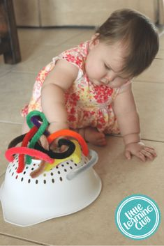 Indoor Toddler Activities for Months – Little Learning Club Toddler Fine Motor Activities, Activities For 1 Year Olds, Indoor Activities For Toddlers, Montessori Activities, Infant Activities, Infant Toddler Classroom, Toddler Fun, Toddler Toys, Bebe 1 An