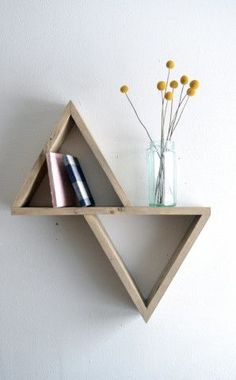 DIY geometric shelf for your bedroom!