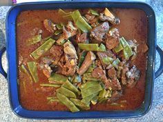 Green Beans and Lamb Ragout (Yakhnet Loubieh) White Bean Soup, White Beans, Green Beans, Dandelion Salad, Paleo Beans, Carrot Salad, Fresh Coriander, Asparagus, Beef