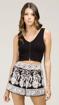ANGL| V- Neck Simple Knit Crop Tank Top
