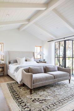 Bedroom Nook, Master Bedroom Design, Dream Bedroom, Home Bedroom, Bedroom Decor, Bedroom Modern, Bedroom With Sofa, Master Bedrrom, Bedroom Ideas