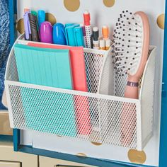 Ideas Locker Organization College For 2019 Middle School Lockers, Middle School Supplies, Middle School Hacks, High School Hacks, School Kit, Girls Locker Ideas, Cute Locker Ideas, Diy Locker, Cute Locker Decorations