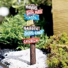 Prefect for your country garden a miniature road sign points to your barnyard and other country village areas NOT A TOY – Miniatures are small items that pose potential choking hazards to small childr Garden Steps, Easy Garden, Garden Fun, Garden Crafts, Garden Tools, Growing Ginger Indoors, Vegetable Garden Planning, Vegetable Gardening, Vintage Garden Decor