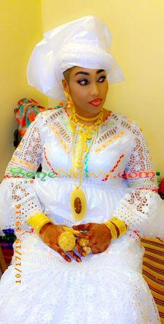 African Print Fashion, African Fashion Dresses, Fashion Outfits, Womens Fashion, African Attire, African Dress, African Traditional Wedding Dress, Ethiopian Wedding, Victoria Dress