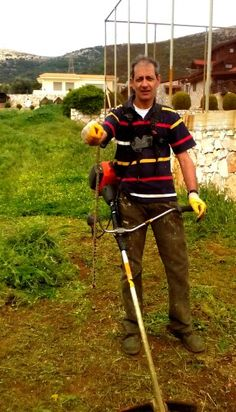 Μας έπνιξαν τα χόρτα, μας έζωσαν τα φίδια… www.hortokoptiki.gr Outdoor Power Equipment, Garden Tools