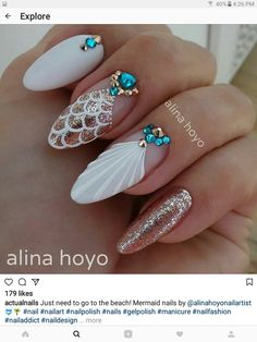 Must Try Classy Glitter Almond Acrylic Nails In 2017 – ILOVE Must Try Classy Glitter Almond Acrylic Nails In 2017 – ILOVE,Nail art The almond nail is a beautiful shape. Long White Nails, White Nail Art, White Nail Designs, Nail Art Designs, Nail Designs With Gems, White Nails With Design, Diy Nails, Cute Nails, Glitter Nails