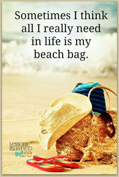 Just me and my beach bag <3