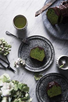 matcha pound cake with chocolate. by Miki Fujii