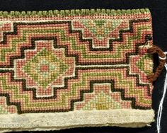 Textile Art, Needlepoint, Bohemian Rug, Textiles, Embroidery, Rugs, Decor, Farmhouse Rugs, Decoration