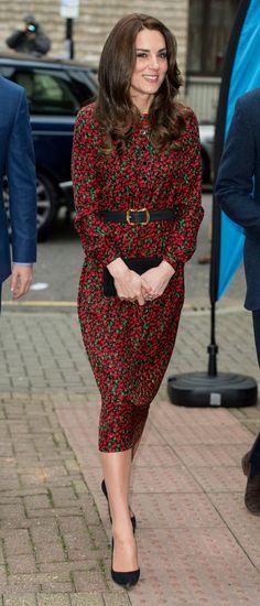 It's no secret that Duchess of Cambridge Kate Middleton is our spirit animal when it comes to understated, elegant style. Kate Middleton Stil, Estilo Kate Middleton, Kate Middleton Dress, Kate Middleton Birthday, Royal Fashion, Fashion Looks, Duchesse Kate, Princesse Kate Middleton, Herzogin Von Cambridge