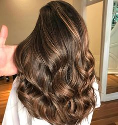 Light Metallic Brown Balayage Caramel brown hair is not a standard look. Pick up the nuances of the color to flatter your complexion and eyes. Brown Hair Balayage, Brown Blonde Hair, Balayage Brunette, Light Brown Hair, Light Hair, Blonde Highlights, Caramel Balayage, Light Blonde, Color Highlights