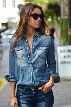 Chambray shirt and jeans, perfect casual outfit Women's street style fall fashion clothing outit
