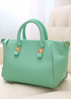 Mint Handbag....I'm in love