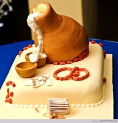 Nigerian wedding traditional engagement wedding cake for brides. Calabash and coral beads and palm wine. African Wedding Cakes, Big Wedding Cakes, Square Wedding Cakes, African Weddings, Nigerian Weddings, Nigerian Traditional Wedding, Traditional Wedding Attire, Traditional Weddings, Engagement Cakes