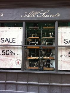 ** Personally selected products **: Notting Hill Gate