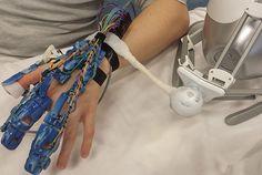 exoskeleton hand