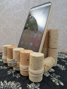 Wine cork cell phone stand universal holder by goldenvinedesigns Wine Craft, Wine Cork Crafts, Wine Bottle Crafts, Crafts For Teens, Diy For Kids, Teen Crafts, Wine Cork Art, Wine Corks, Wicks Diy