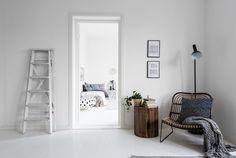 פוסטרים - Buy Fashion Direct by Hadasu Standard Poster Size, Bedroom Posters, Duplex, Scandinavian Style, Decoration, Apartment Therapy, Ladder Decor, Small Spaces, Architecture Design